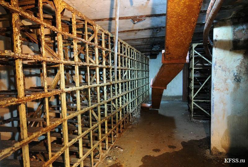 Башенная батарея №220 на полуострове Гамова, подземная часть