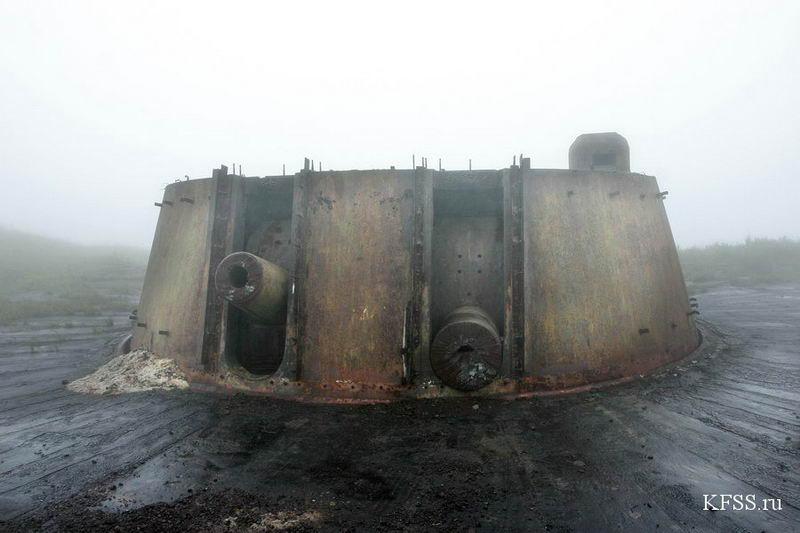 Башенная батарея №220 на полуострове Гамова, спиленные стволы