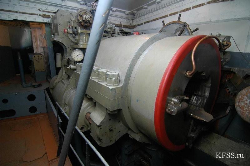 Остров русский, Ворошиловская батарея, внутренняя часть
