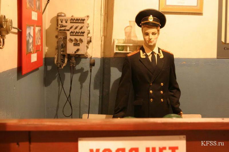Музей Ворошиловская батарея, расположенный на башенной батарее №981 на острове Русском