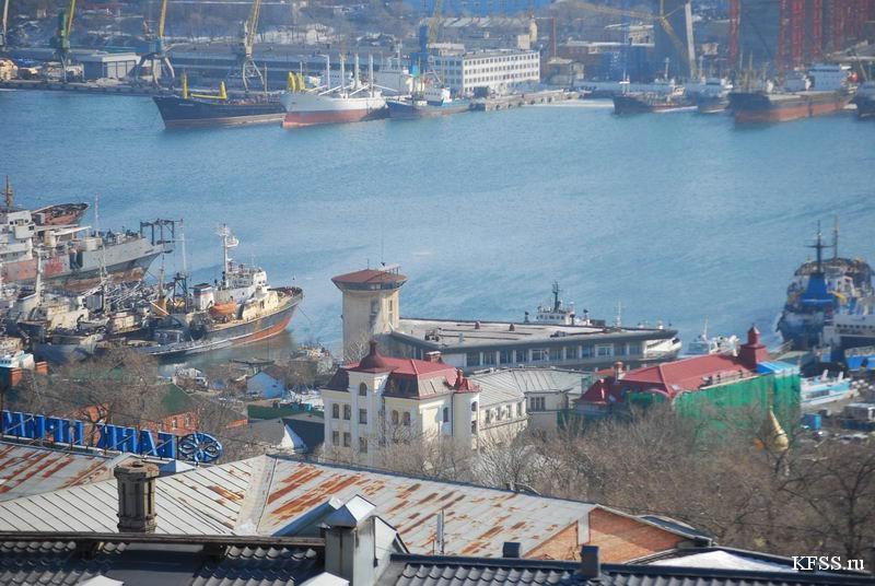 Фотографии старого вокзала Морских и Прибрежных сообщений во Владивостоке